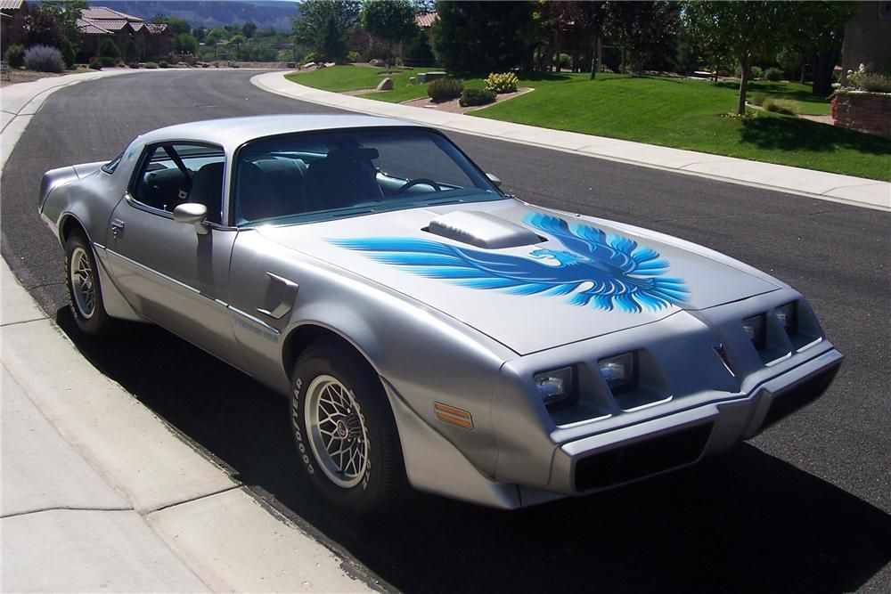 Silver and Blue '79 Trans Am 3/4 front view