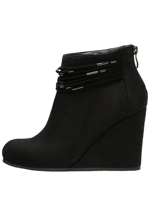 1b6f435eef518 Chaussures Anna Field Bottines compensées - black noir  50,00 € chez  Zalando (au 27 11 16). Livraison et retours gratuits et service client  gratuit au 0800 ...