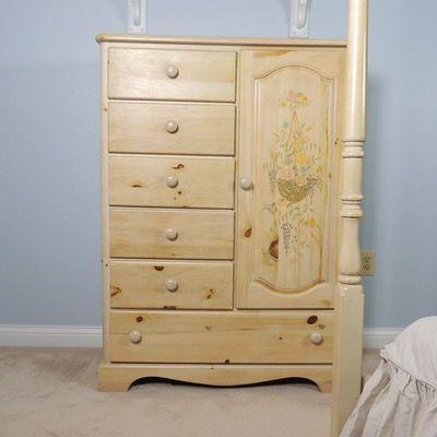 vaughan farmhouse washed pine dresser cabinet home pine dresser rh pinterest ca