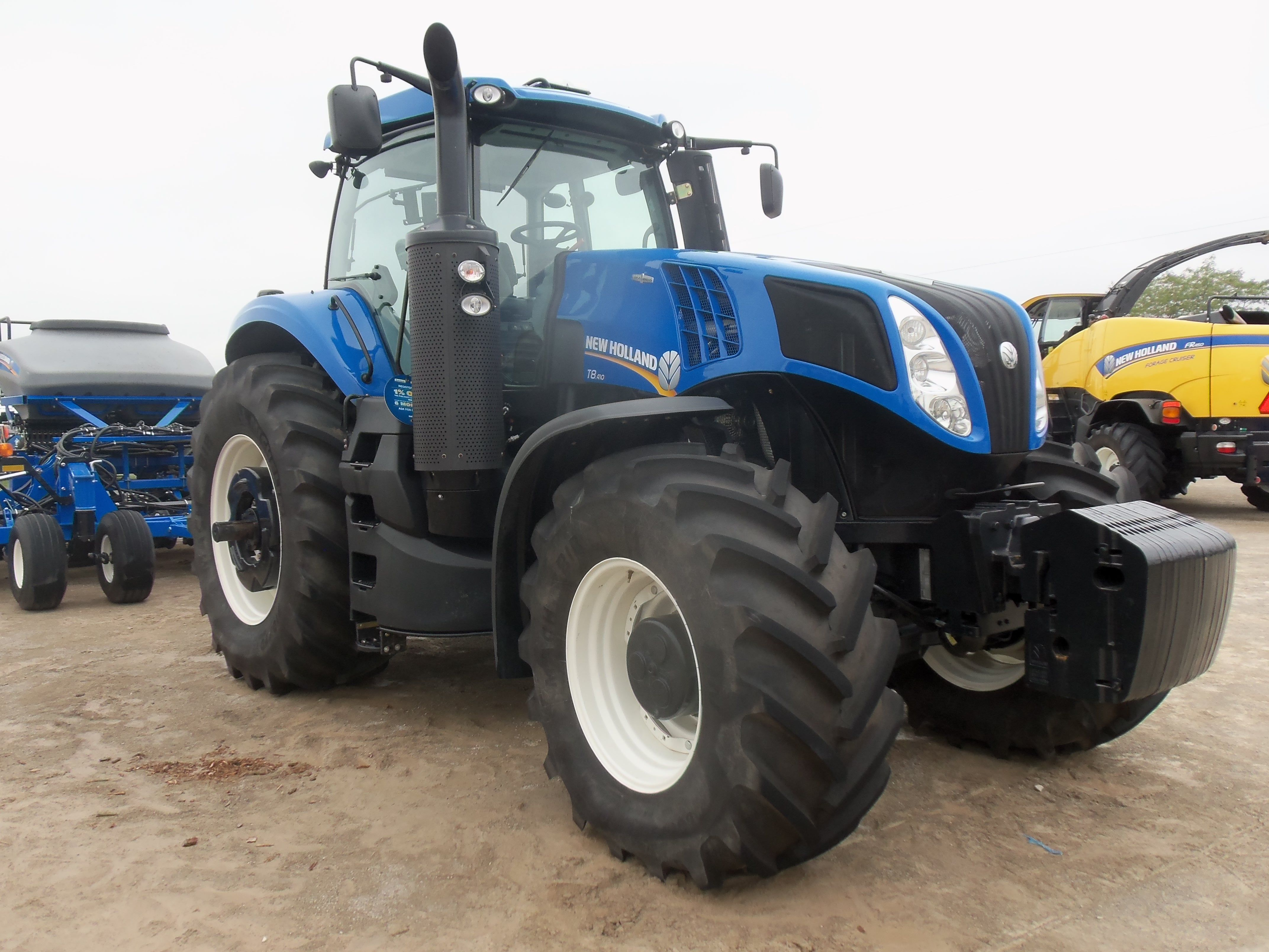 f3ca4583bd5d New Holland T8410 New Holland Tractor, Ford News, Tractors, Tractor Pulling