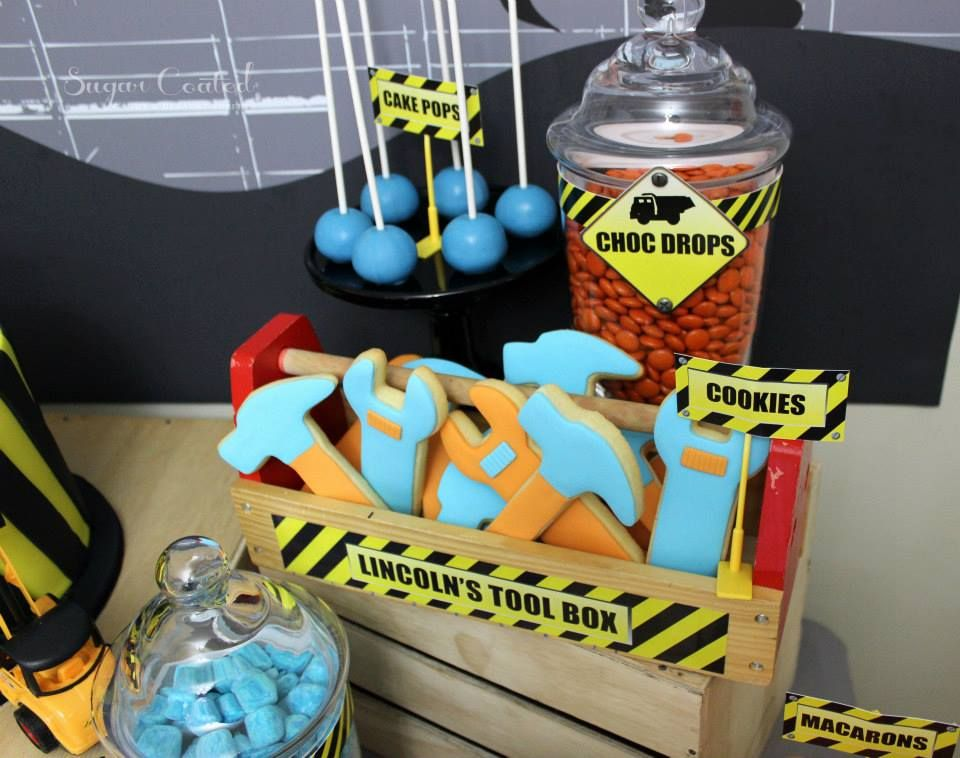 The Construction Site Theme Party Via Baby Shower Ideas And S So Many Fun