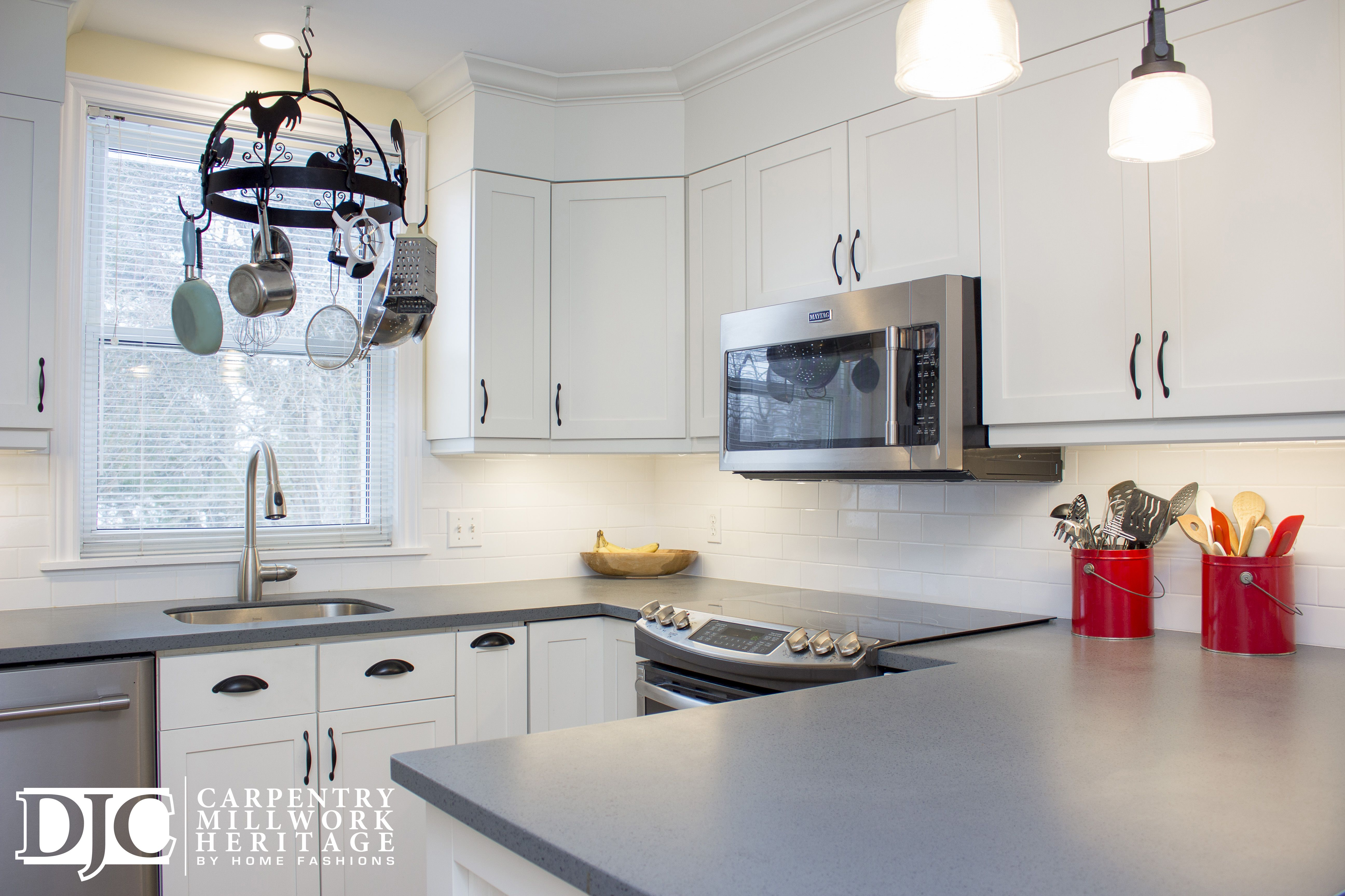 Best White Kitchen Cabinets With Grey Acrylic Solid Surface 400 x 300