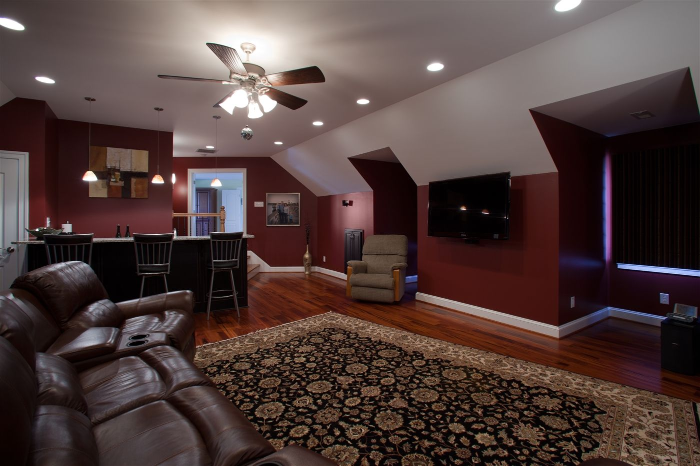 family room over garage decorating ideas - Family Room Bonus Room over Garage