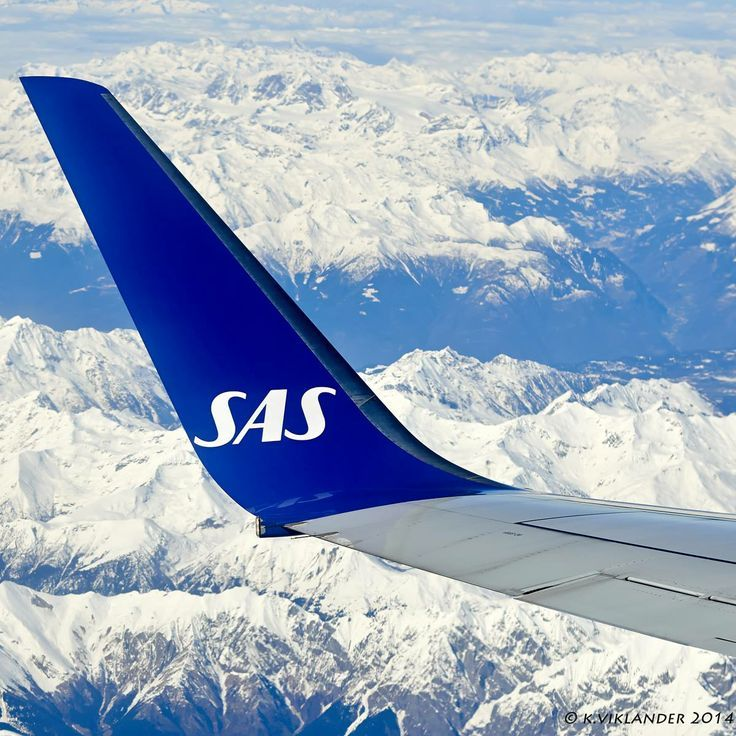 Security Check Required Scandinavian Airlines System Sas Airlines Air Travel Tips