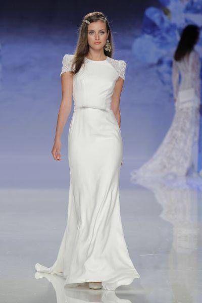 Ainda não viu os melhores vestidos de noiva simples e minimalistas? Entre eles está o seu!