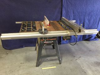 299112 CONTRACTOR SERIES TABLE SAW. HAS 10 INCH BELT DRIVE