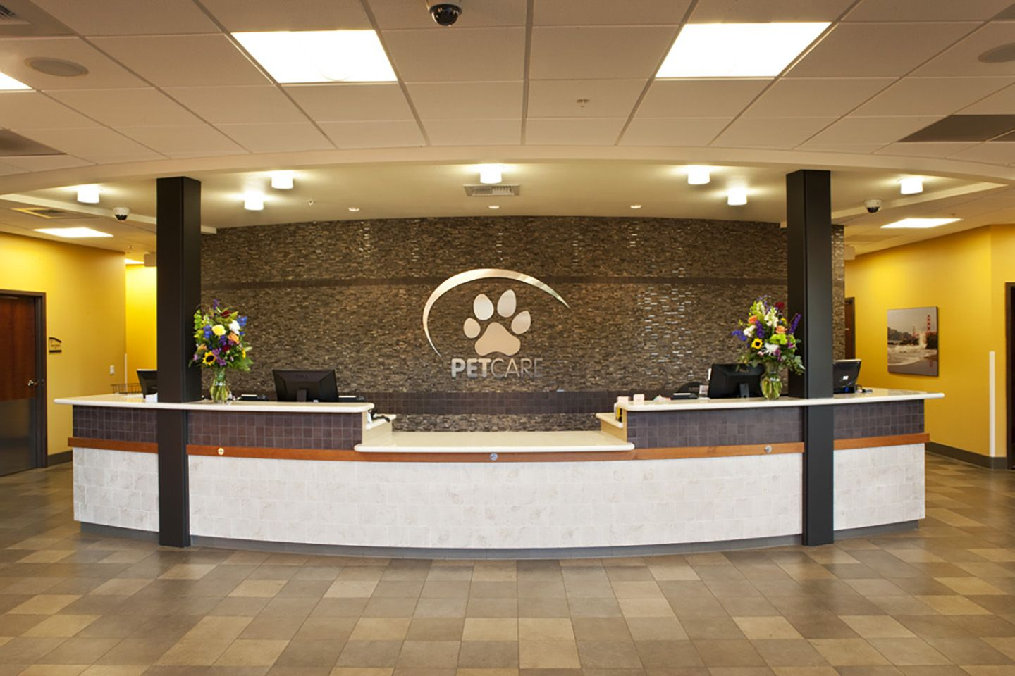 Vca Petcare East Veterinary Hospital Veterinary Hospital