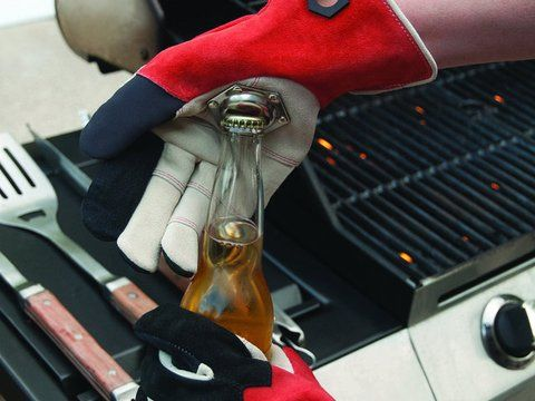 Meet The World's First BBQ Glove with embedded bottle opener http://buff.ly/1DxFwAO  #bbq #grill #tailgating #kickstarter