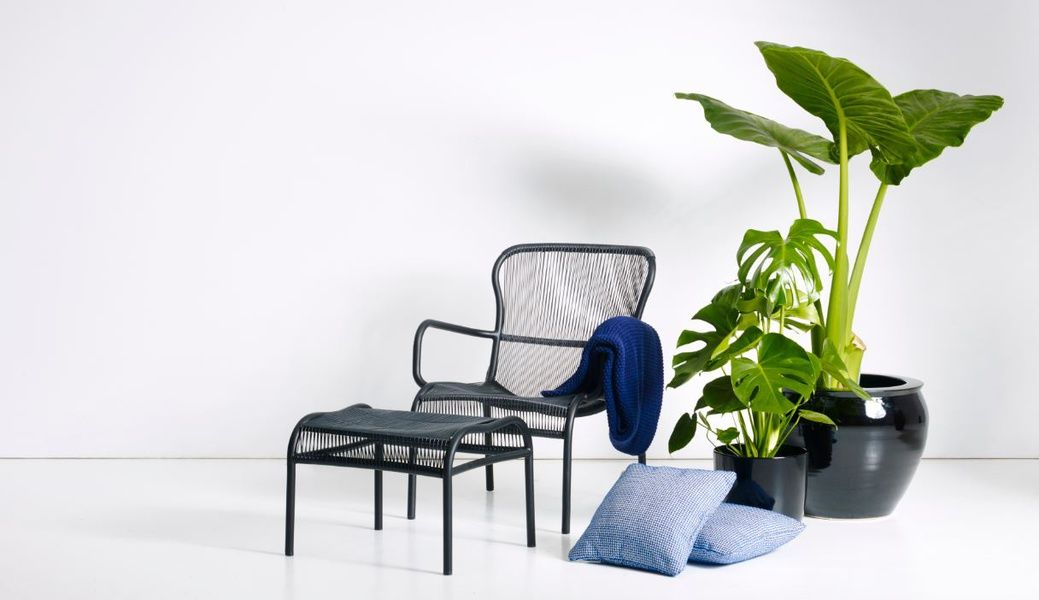 Wondrous Vincents Garden Lets Go Outside Loop Lounge Chair Customarchery Wood Chair Design Ideas Customarcherynet