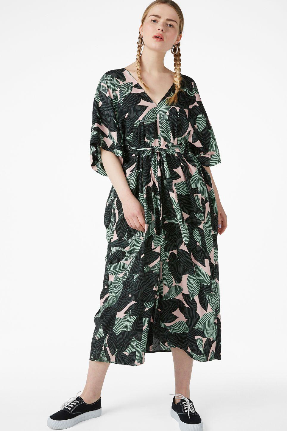 9ace8f3764 V-necked kaftan dress - Leaf me print - Dresses - Monki SE | What to ...