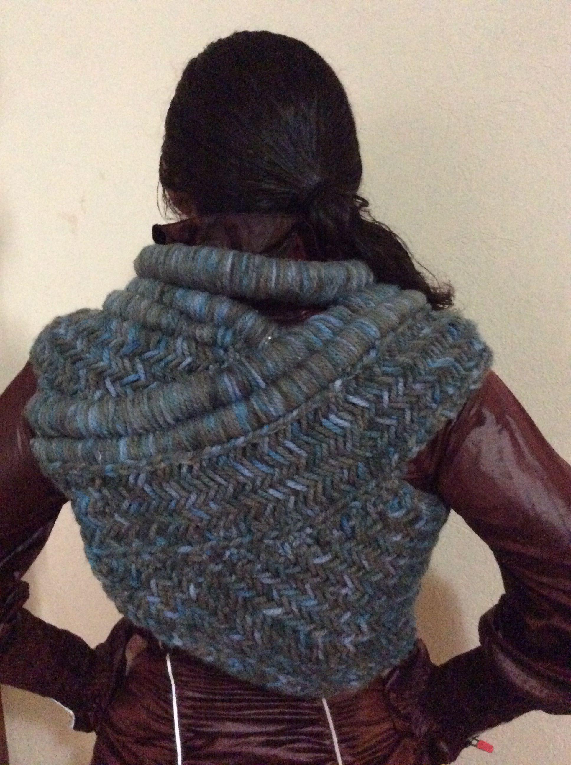 Katniss cowl #2   Crochet clothes, Knitting inspiration ...