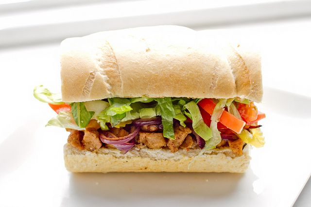 #Vegan cajun-spiced seitan po' boys
