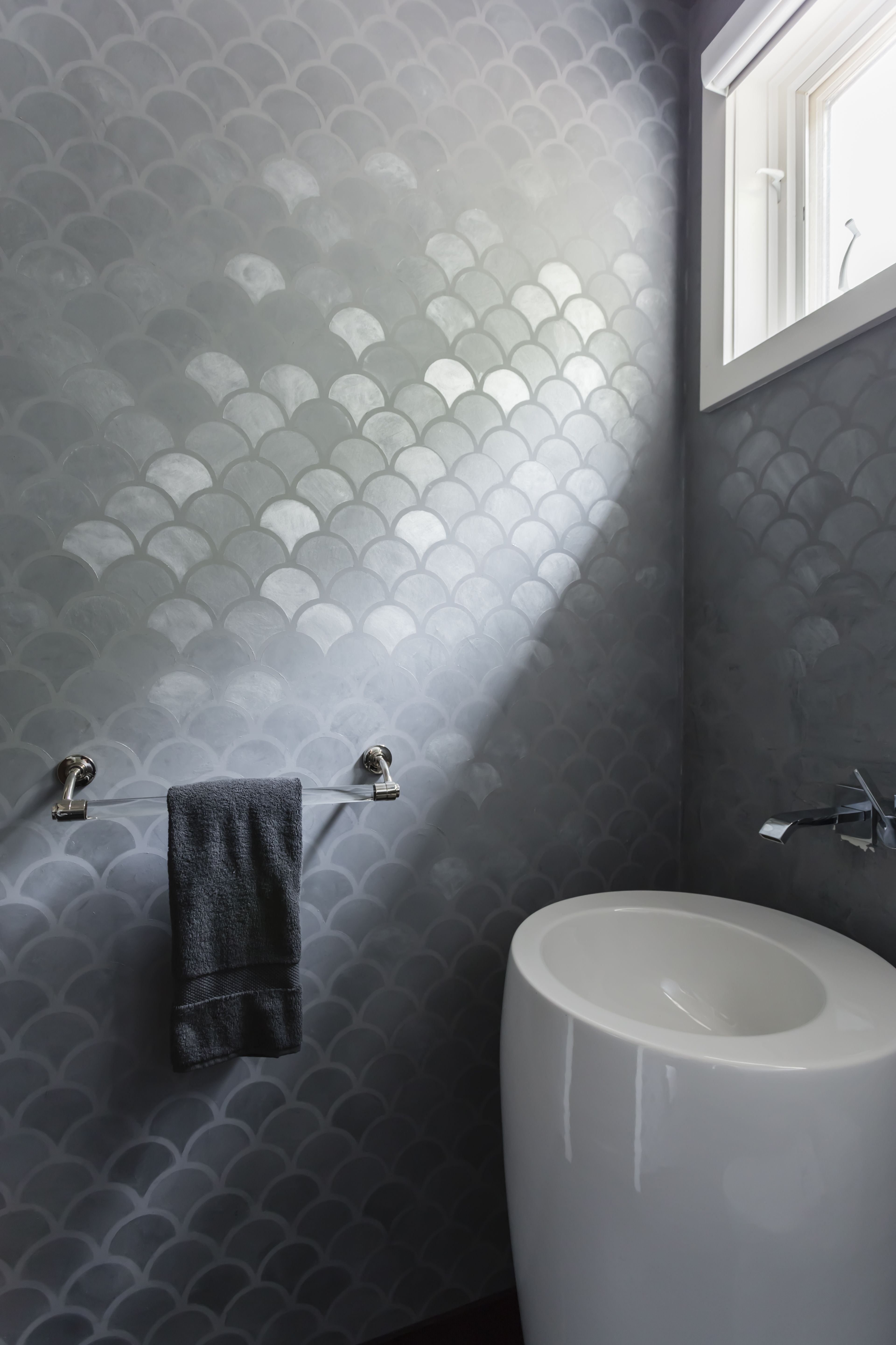 Modern Masters Plaster meets an allover pattern