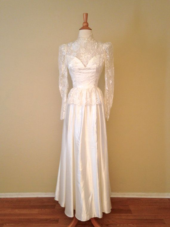 Vintage 80s Wedding Dress Ivory Lace And Satin With By Taramisioux