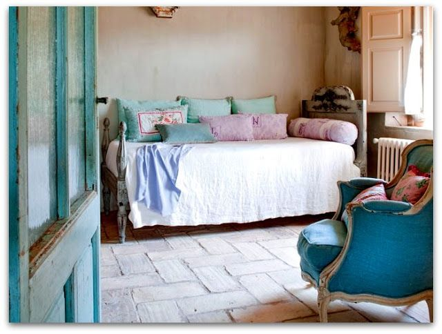 Art Symphony: French Country House Interior