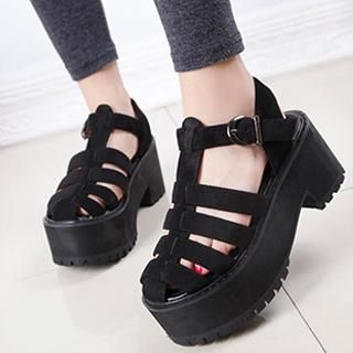 1000  images about shoes on Pinterest | Shops Chunky heels and