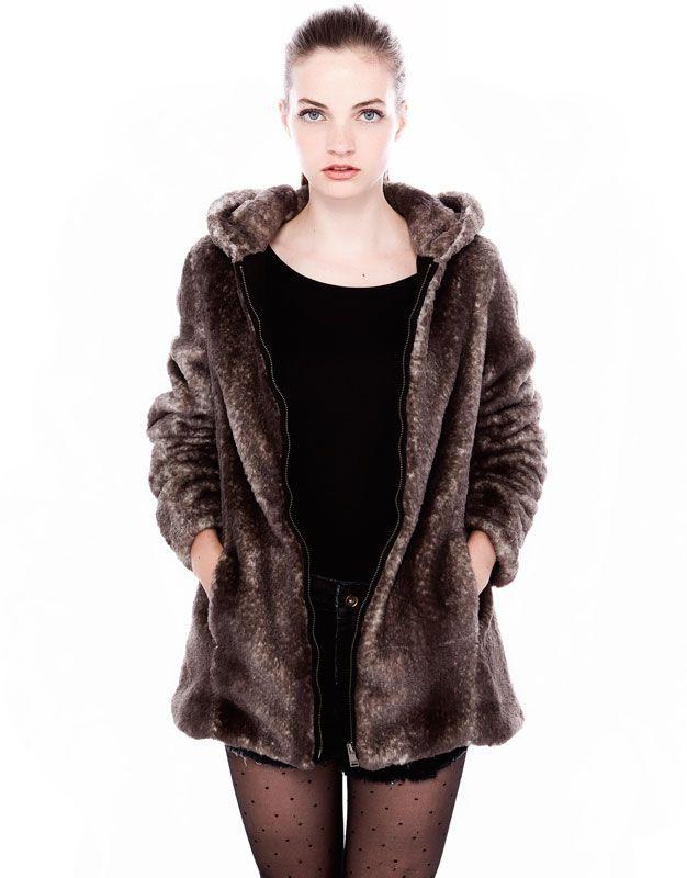 Abrigos con pelo en la capucha mujer