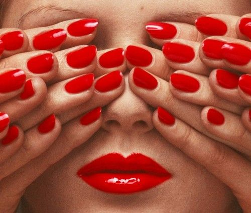 """If this is not Guy Bourdin's """"Seeing Red,"""" then it's a replication thereof."""