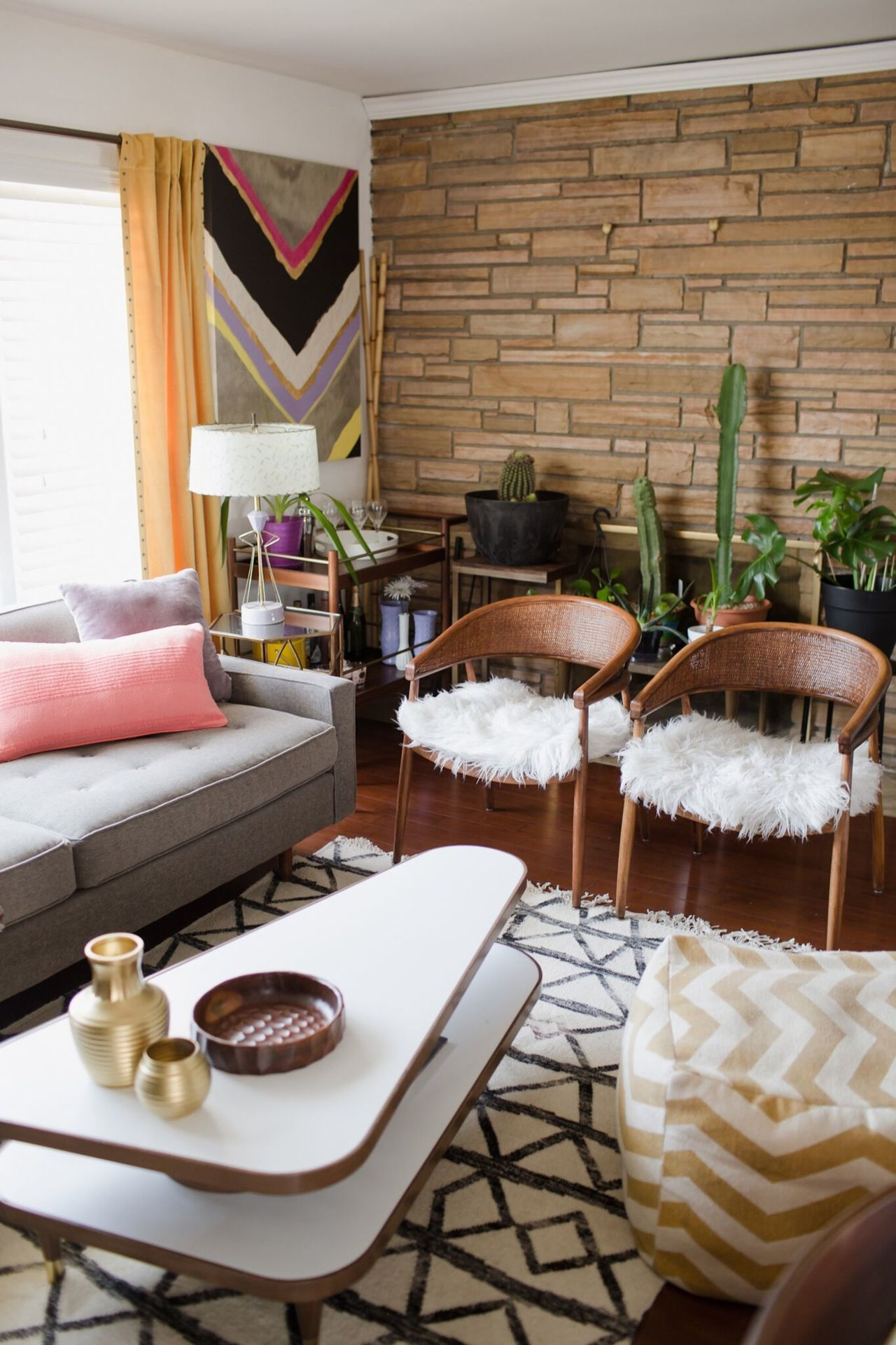 Vintage Living Room Ideas For Small Spaces: A Contemporary Chic, Country Glam Home