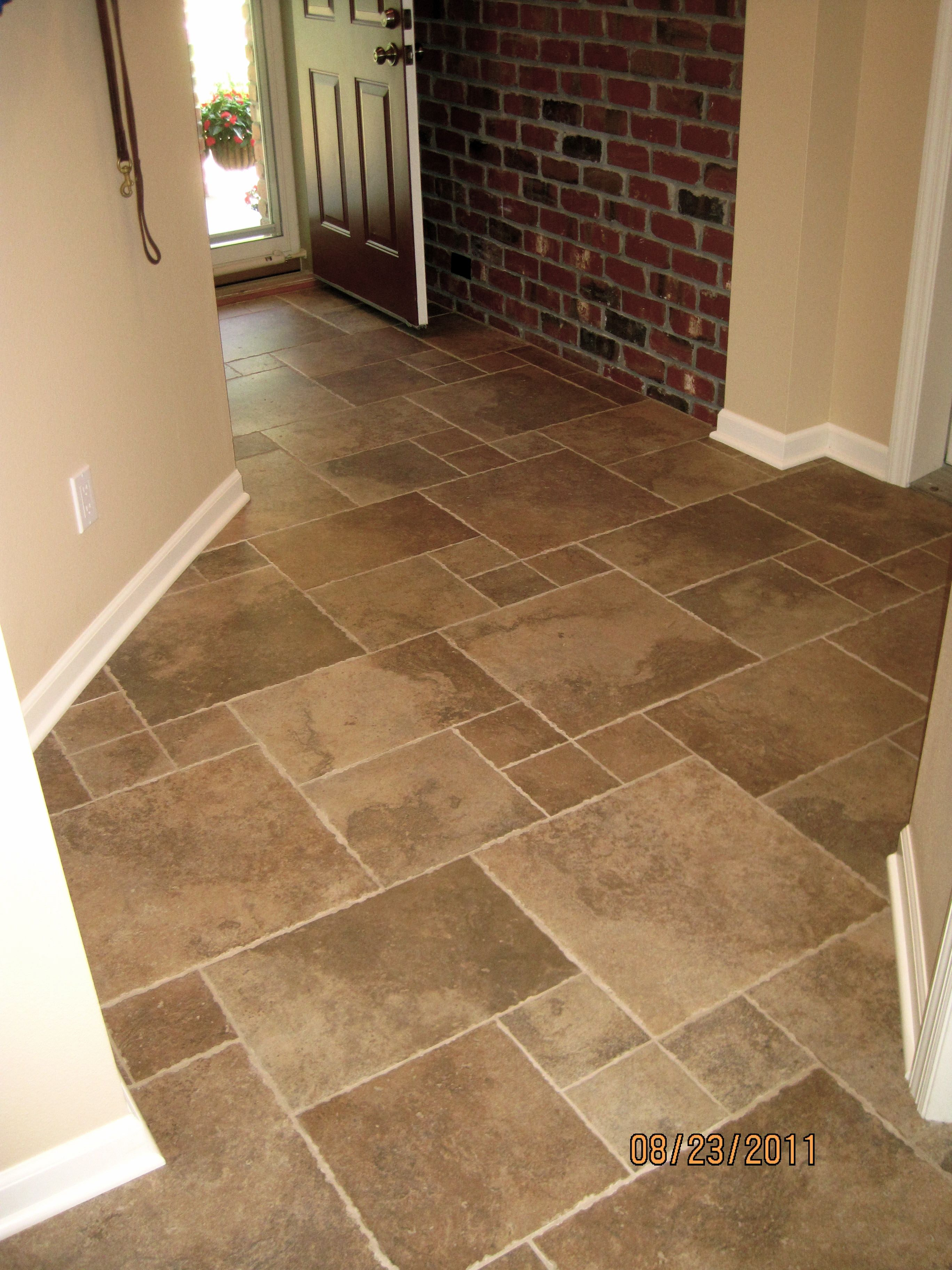 This Tumbled Edge Porcelain Was Laid In A Versaille Pattern Flooring Tile Floor Marble Tile Floor