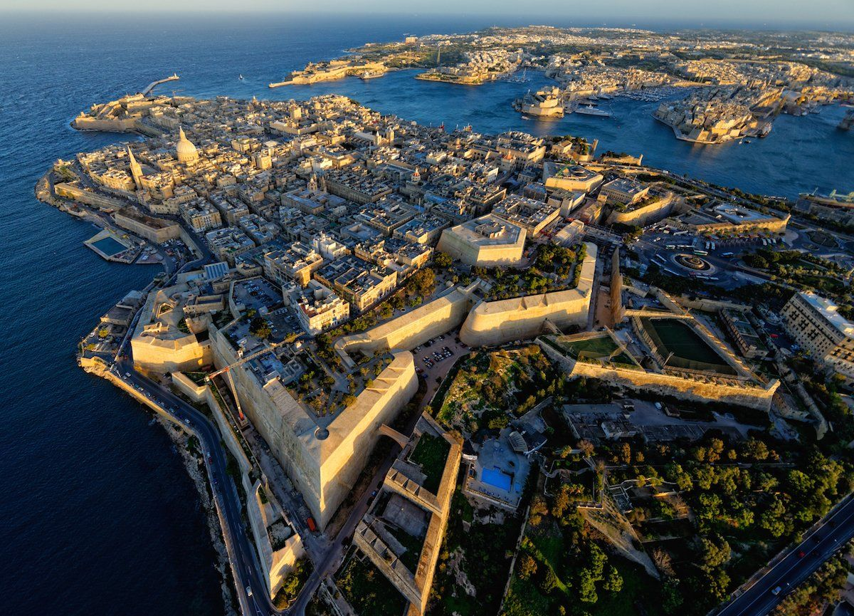10 Airports With The Worlds Most Scenic Approaches Magical Malta Brian Ellul Blog Airx New Controller 1 International Airport Flying Into Passengers Can Enjoy Magnificent Birds Eye Views Of Mediterranean Nearby Isles Gozo