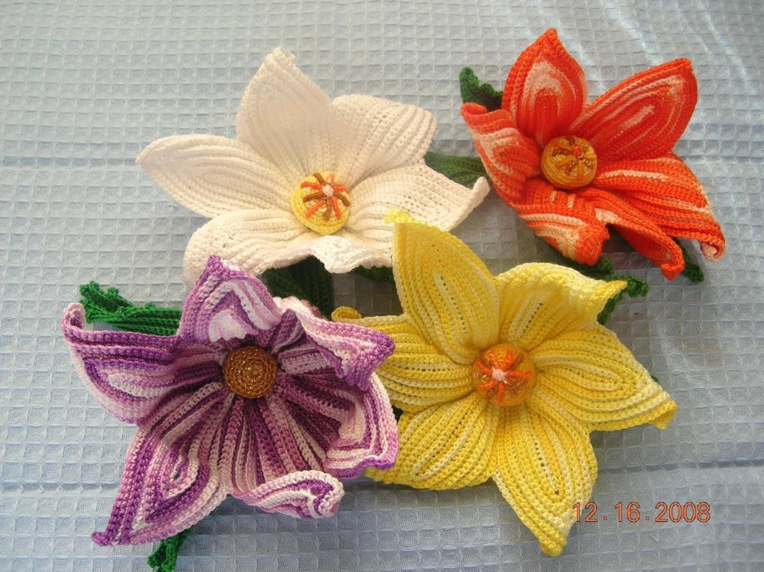 Wallpapers Backgrounds - Learn crochet flowers craft projects ...