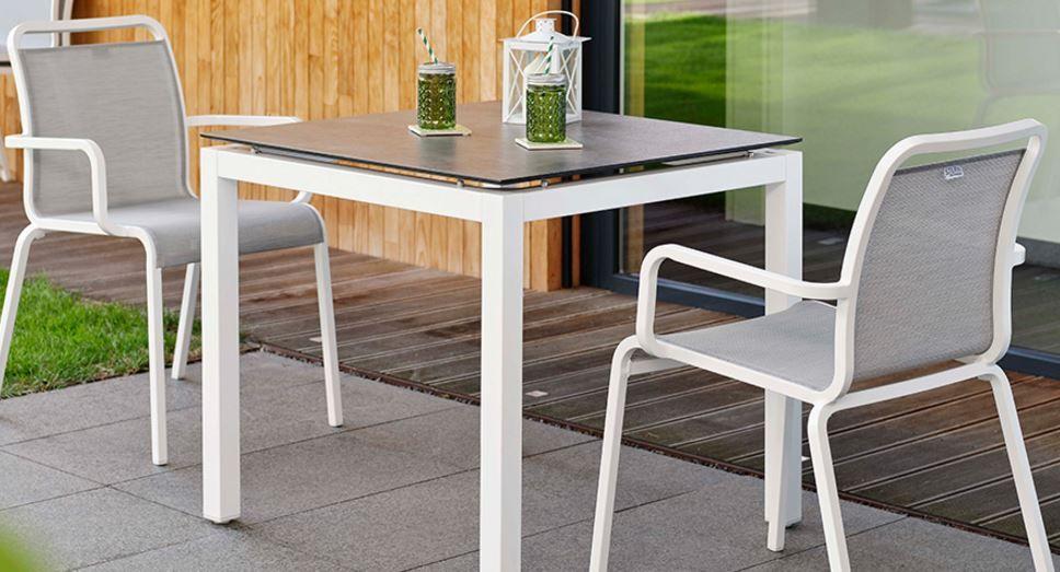Outdoor Mobel Modern ~ Zeitlos und modern stapelstuhl oscar von stern mÖbel für garten