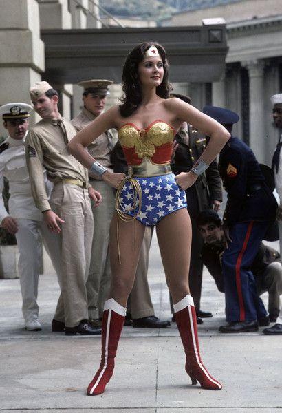 Wonder Woman Lynda Carter Pilot Photo Gallery Print