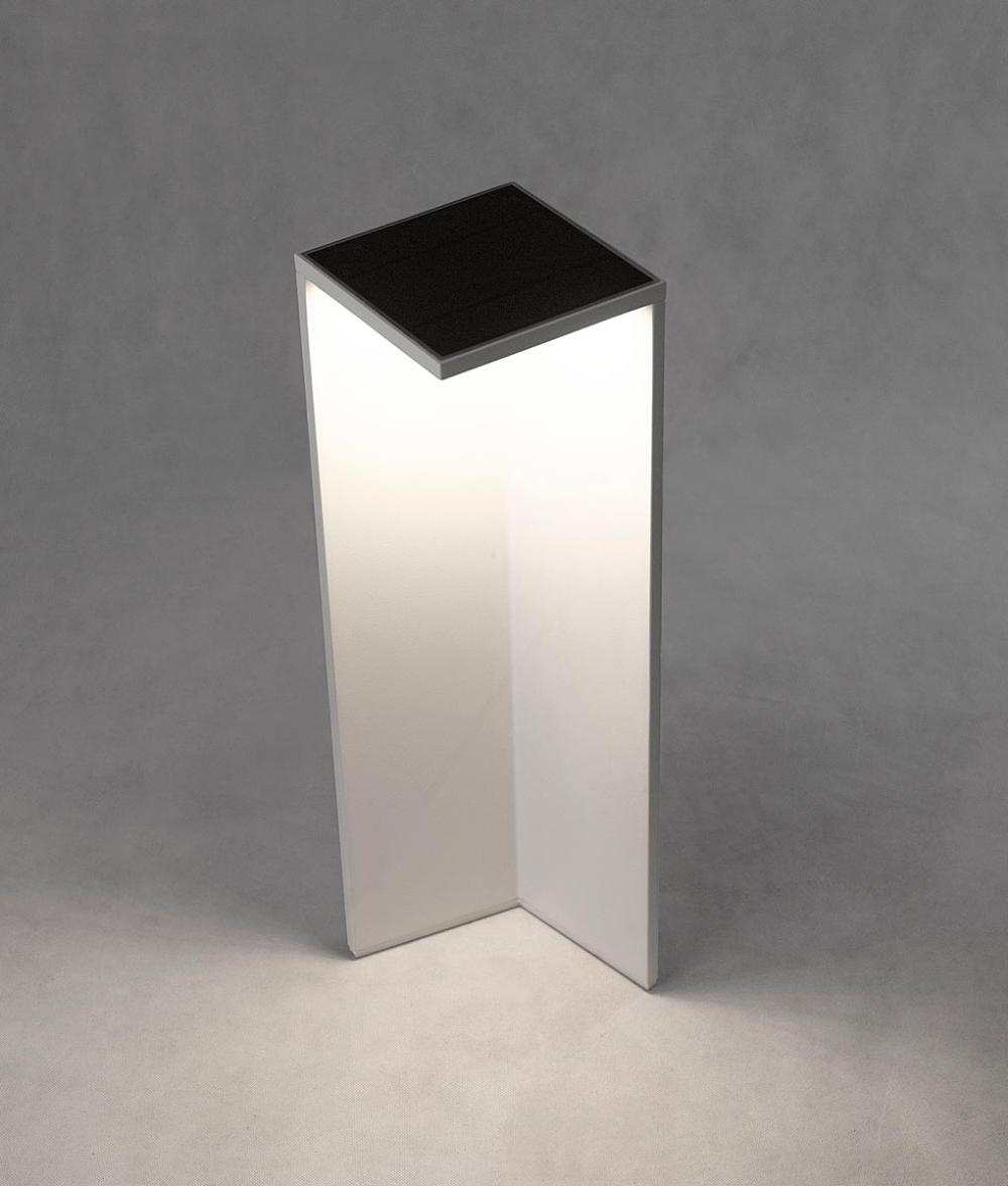 Baliza Solar Con Sensor Movimiento Chevalier Led En 2020 Led Iluminacion Terrazas Luz Led