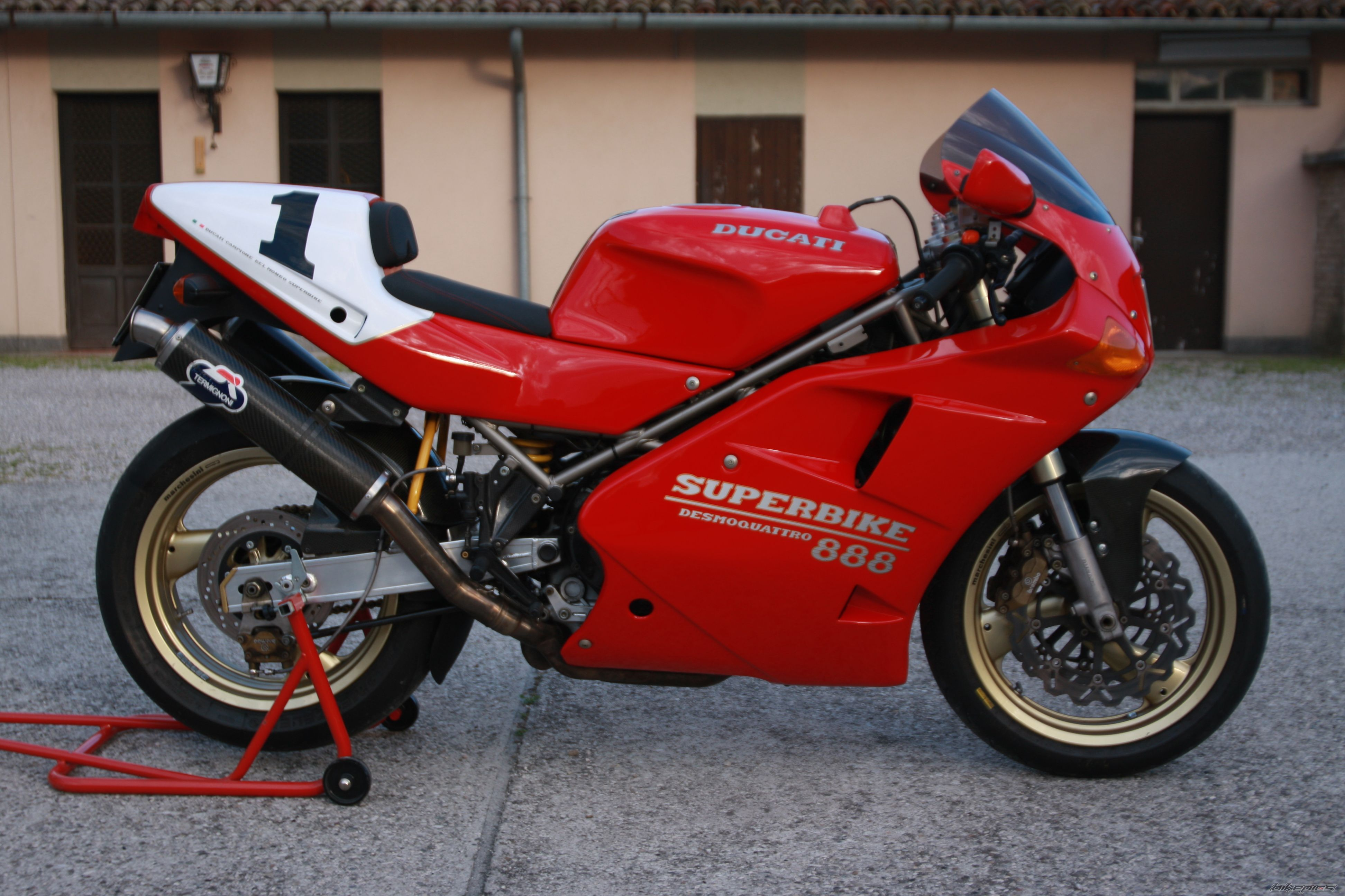 1993 Ducati 888 | Motorcycles | Pinterest | Ducati 888, Ducati and