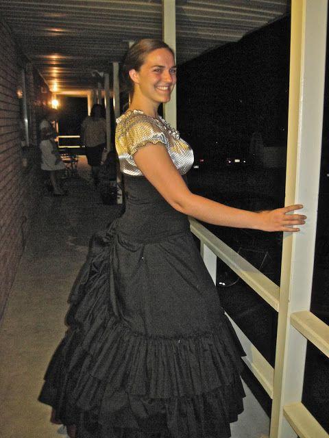 Super Easy DIY Hoop Skirt Halloween for Breakfast DIY Crafty - black skirt halloween costume ideas