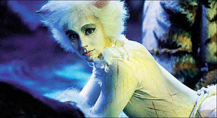 Phyllida Crowley Smith As Victoria