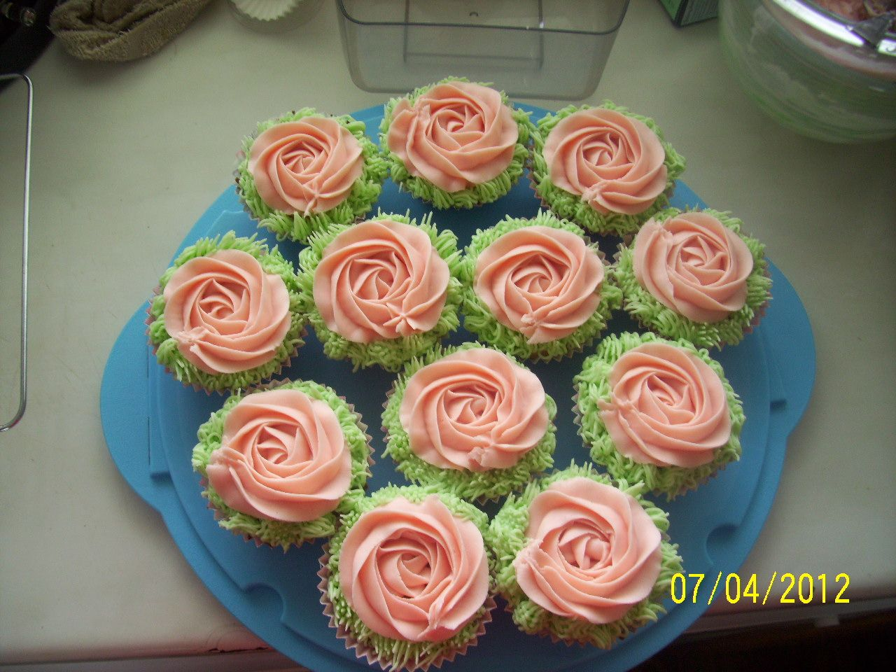 Beautiful cupcakes for the occasion.