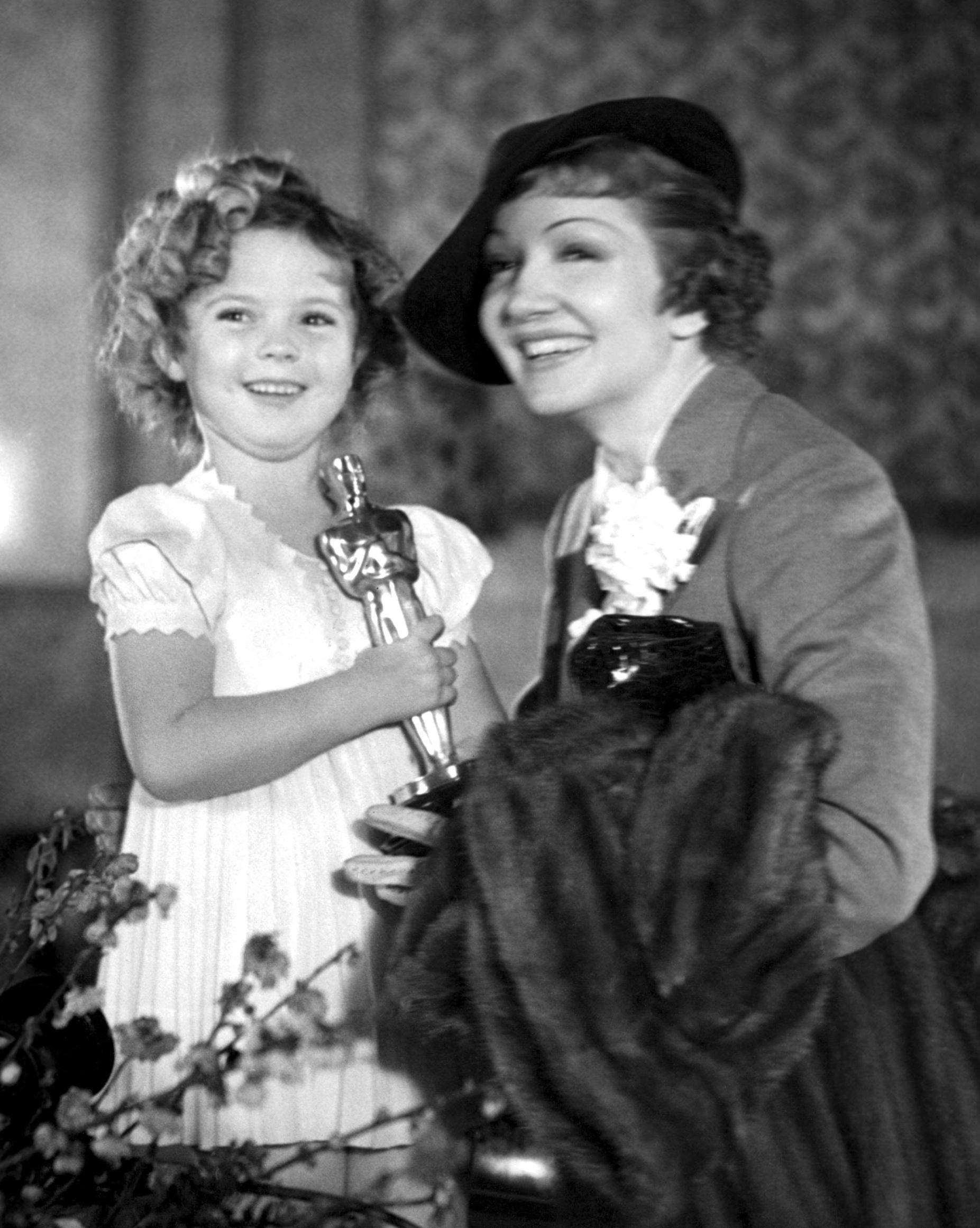 85 years of Oscar winners, fun & fashion | Oscar winners, Classic  hollywood, Hollywood