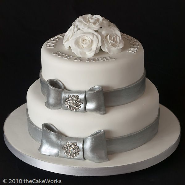 25th Wedding Anniversary Cakes How To Plan Wedding Anniversary - Cake Works Wedding Works