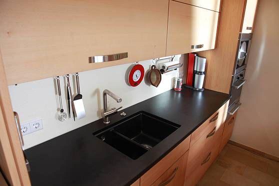 Die Möbelmacher massivholzküche aus buche mit säule die möbelmacher alles gute