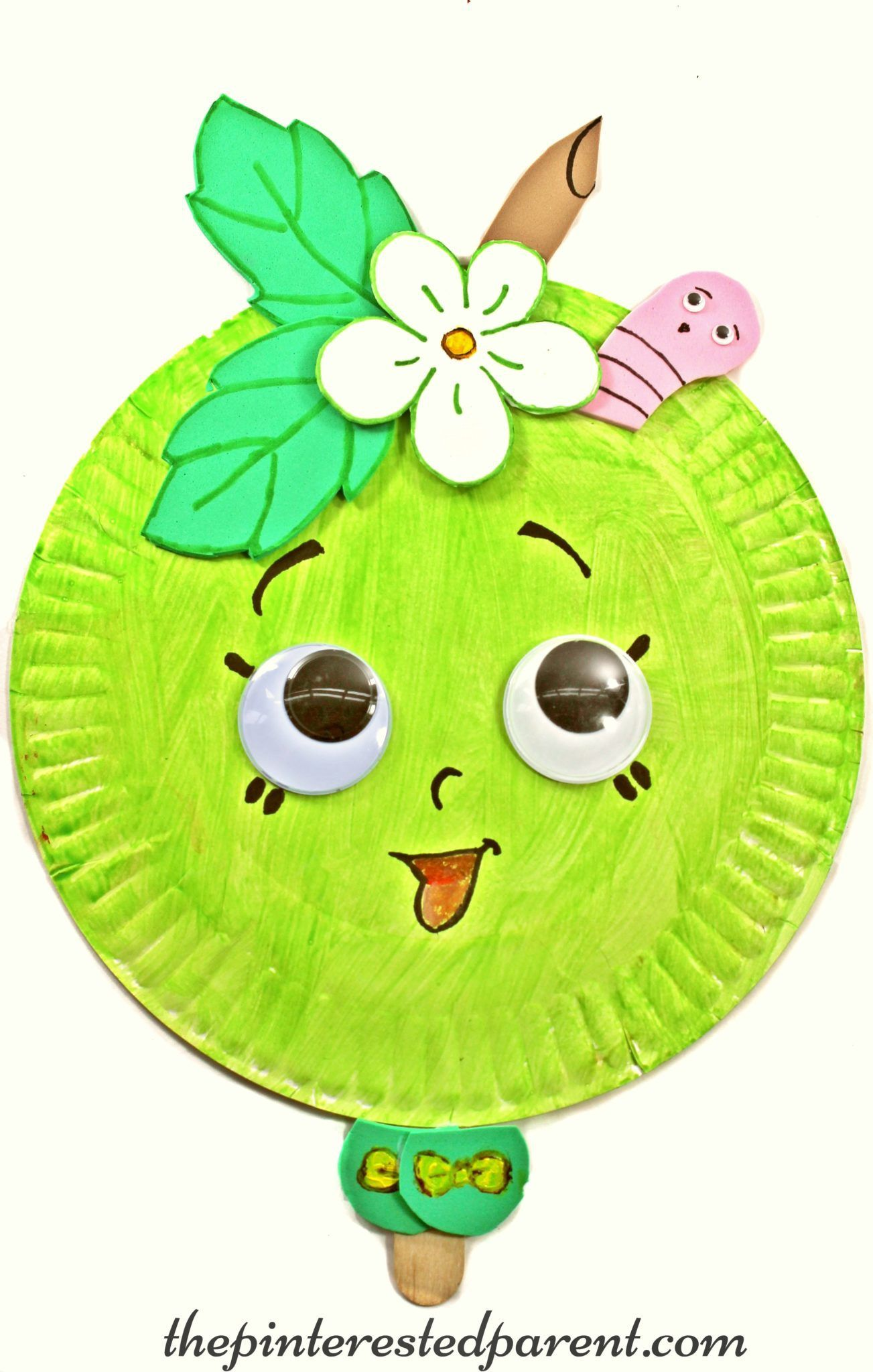 Paper plate mask inspired by Shopkins Green Apple Blossom - kidu0027s character crafts and activities for  sc 1 st  Pinterest & Paper plate mask inspired by Shopkins Green Apple Blossom - kidu0027s ...