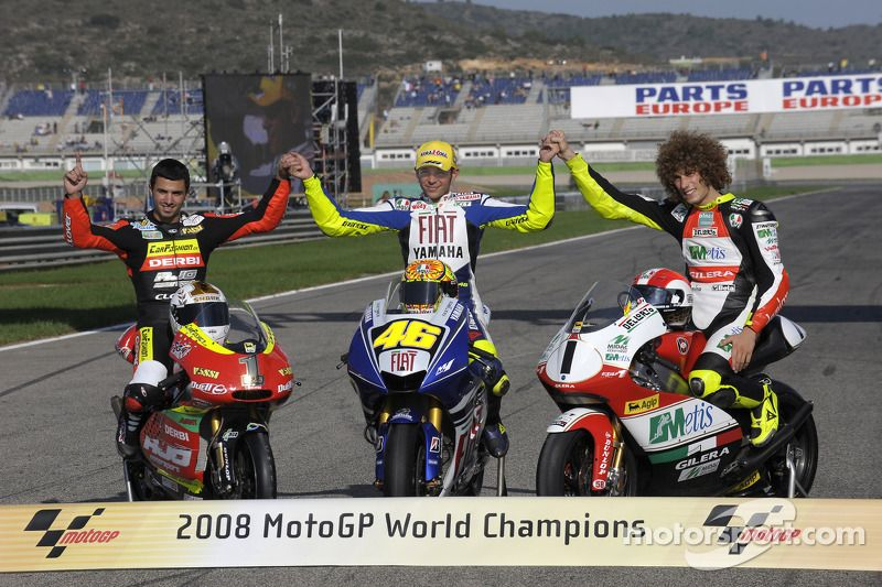 Gallery Remembering Marco Simoncelli Four Years On Valentino Rossi Motogp Rennsport