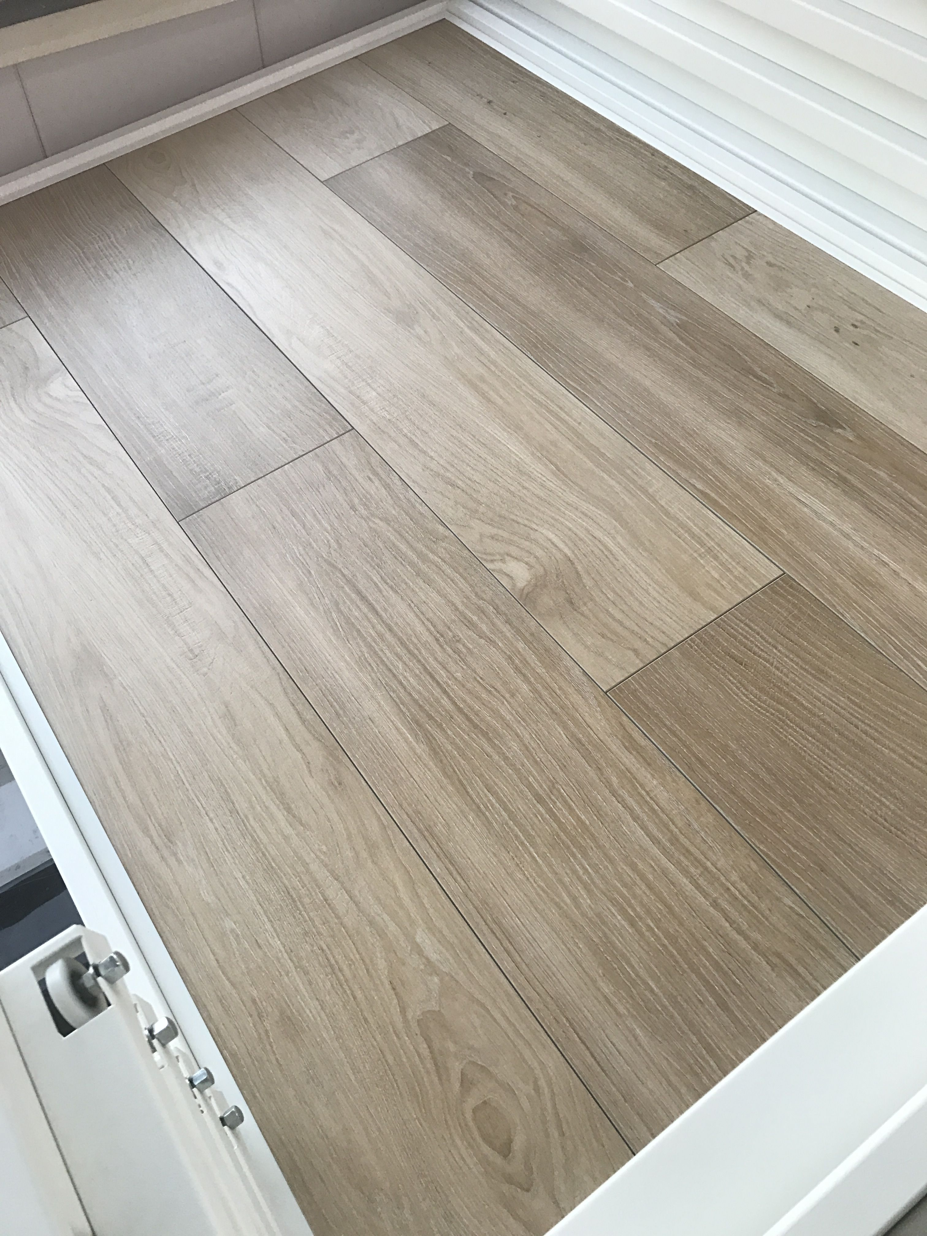 marazzi treverk must beige houtlook vloertegels 25x150 cm marazzi pinterest. Black Bedroom Furniture Sets. Home Design Ideas