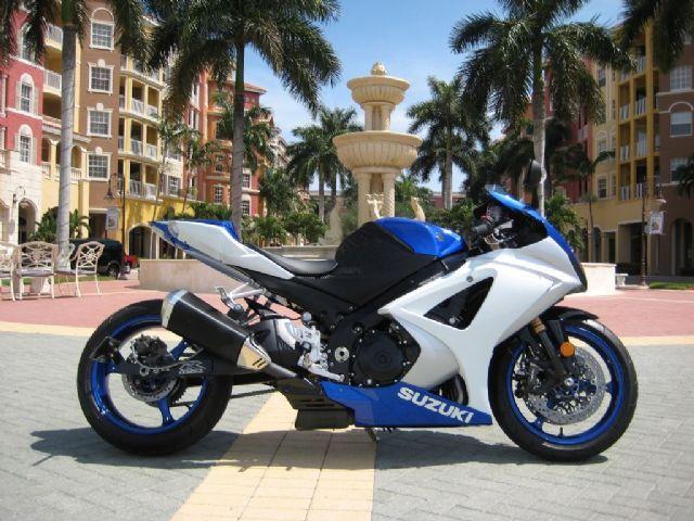 2008 Suzuki Gsx R1000 Sportbike Blue 2 000 Miles For Sale In San Antonio Tx Sport Bikes Custom Sport Bikes Sport Motorcycle