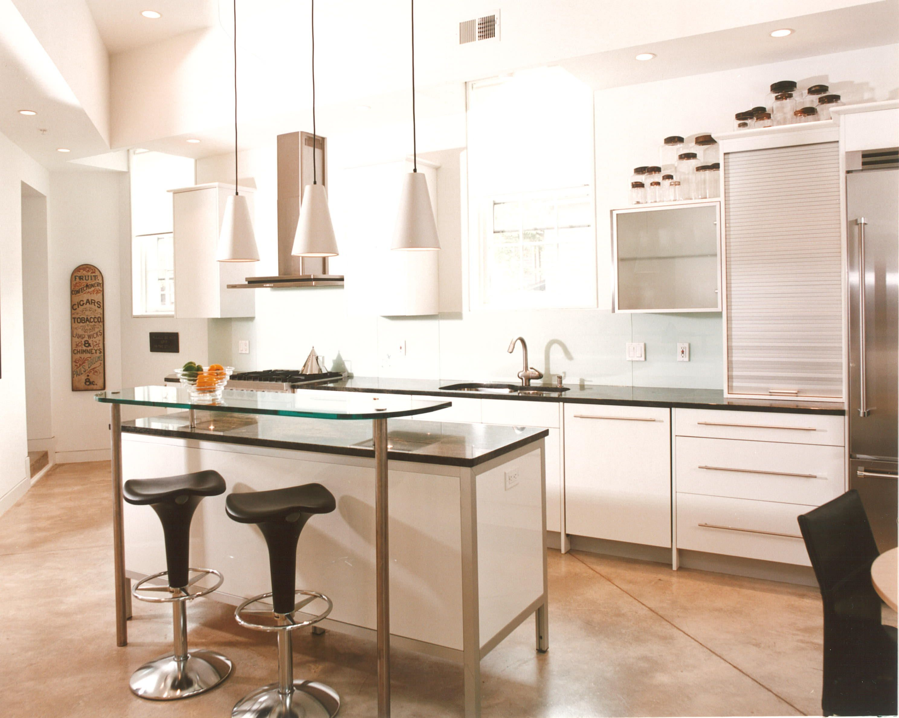 Contemporary  white kitchen   White kitchen, Home decor ...