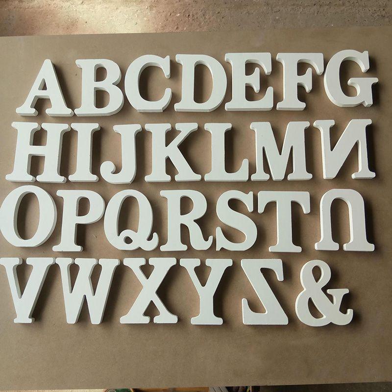 1ピース家の装飾木製レター26木材英語アルファベット手紙ホーム