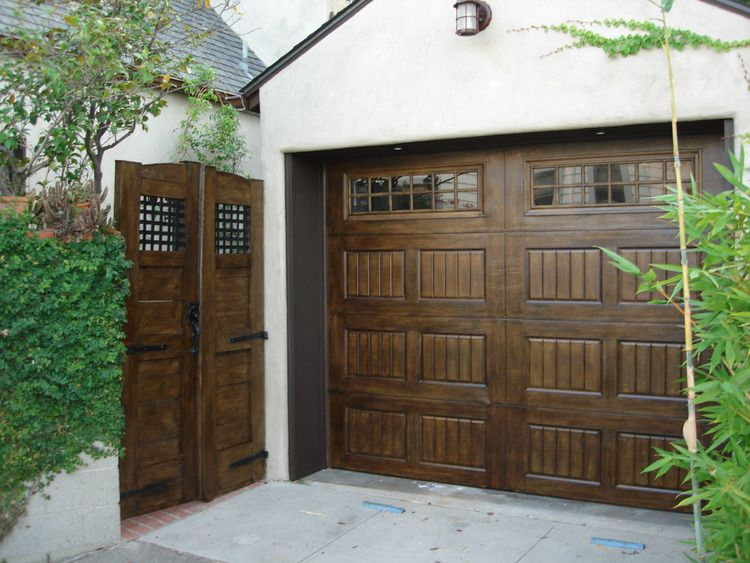 Ordinaire Steel Oak Summit Garage Doors That Looks Like Wood.