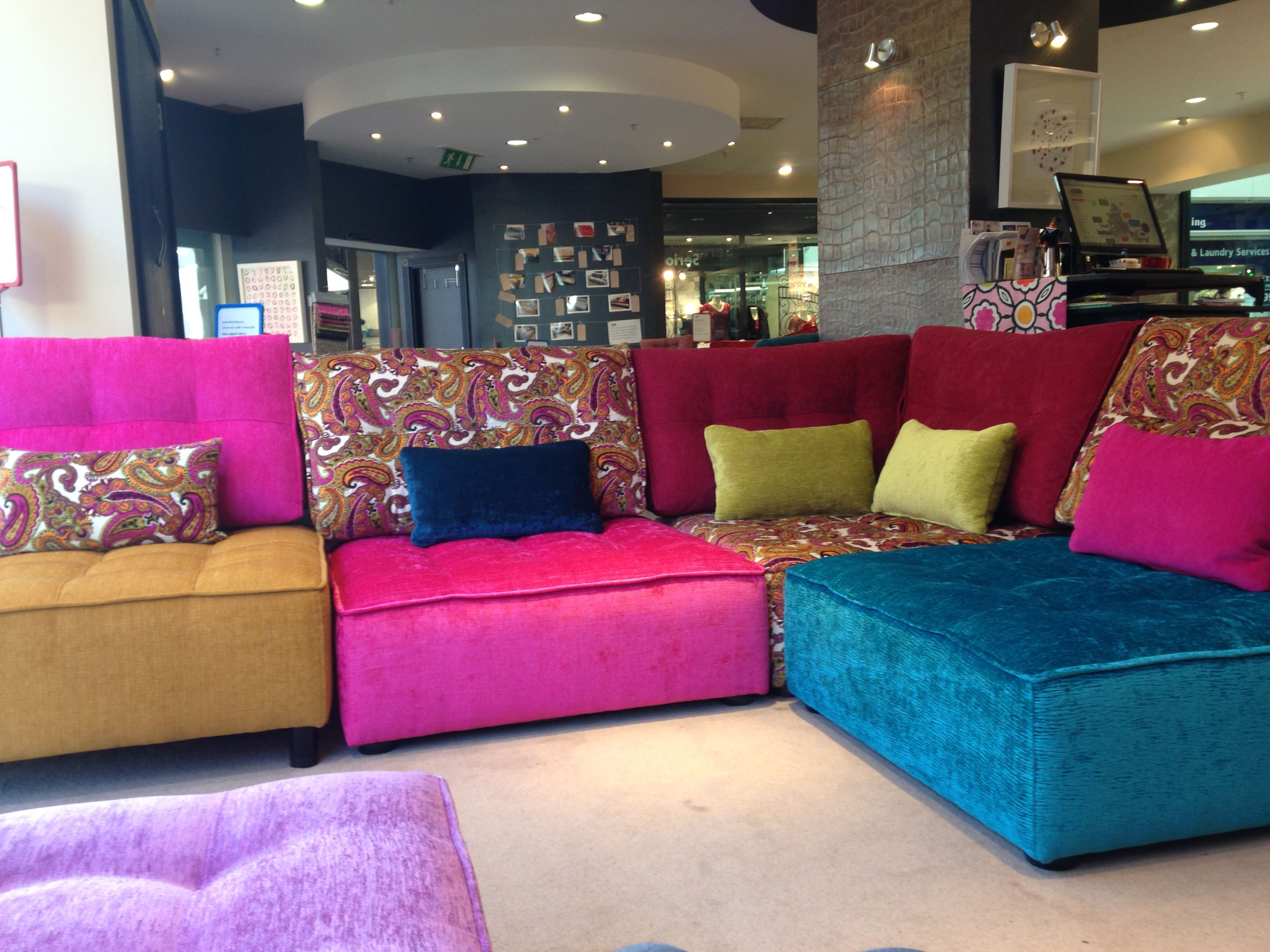 Roche Bobois Grand Opening Celebration At The North Palm Beach  # Muebles Hitters