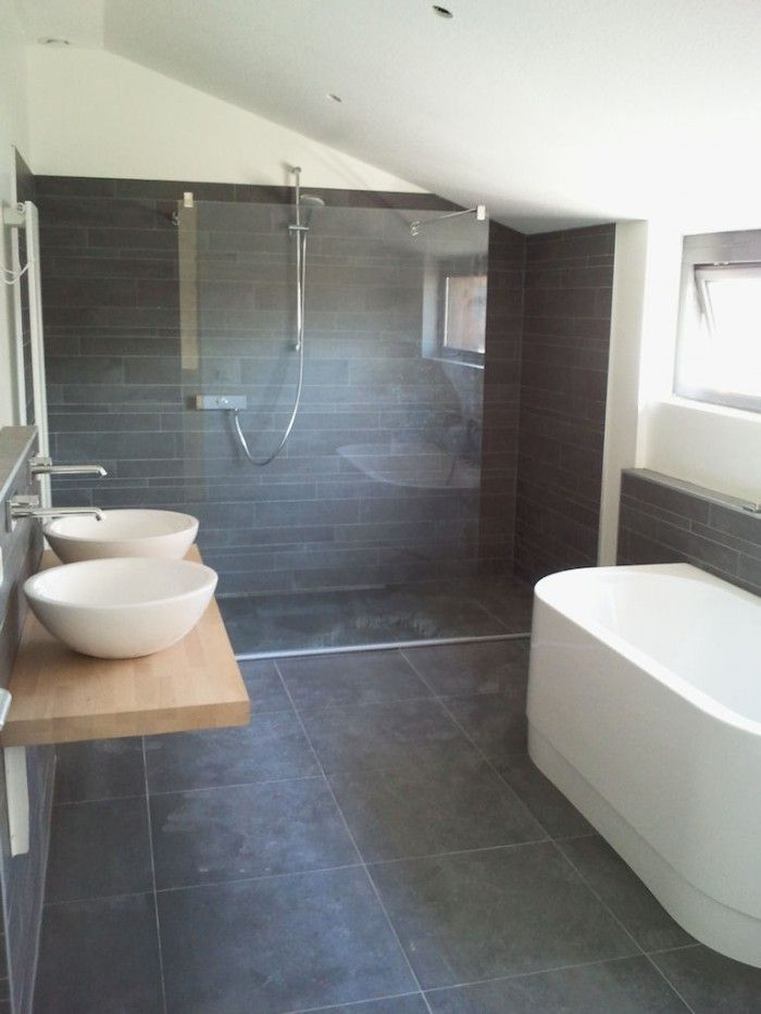 Donkere tegels en stucwerk | badkamer | Pinterest