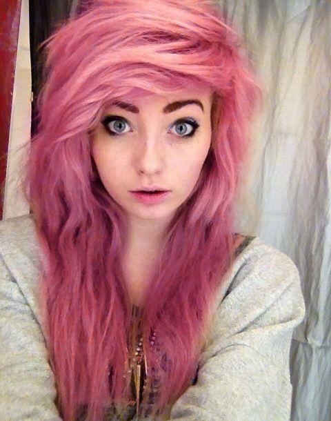 bubblegum pink hair cute