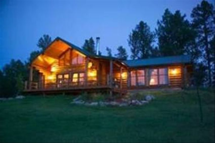 Cabin Vacation Rental In Custer From Vrbo Com Vacation Rental Travel Vrbo Vacation Cabin Rentals Vacation Home Cabin Vacation
