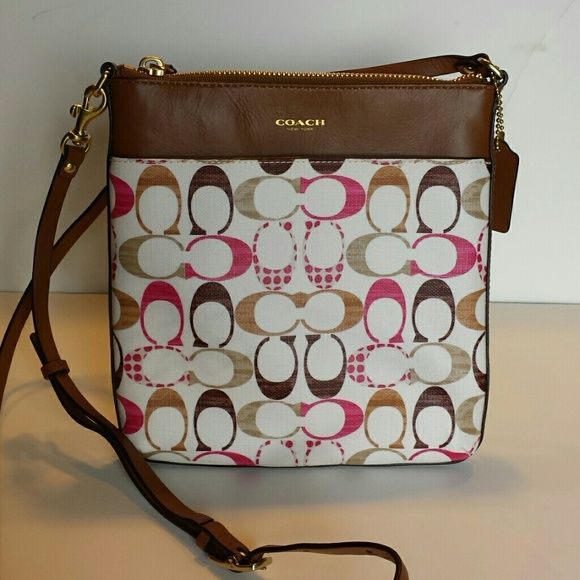 Brand New Coach Crossbody Never Used Front Pocket And Top Zipper Inside Main 2 Small Side Pockets Very Cute Even Though
