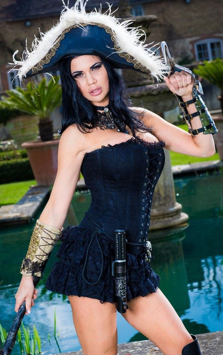 jasmine jae sexy pirate | cosplay and halloween costumes | pinterest
