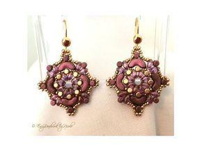 DIY-boucles-d'oreilles-perles-theques-en-verre-declinaison-couleur-violet.